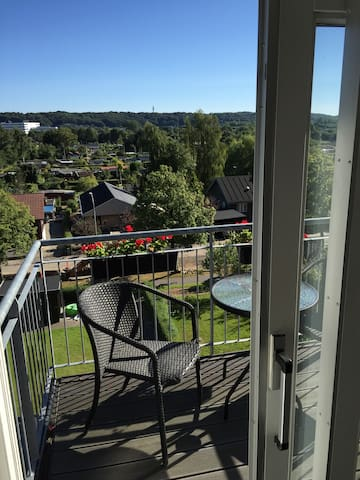 Classic and charming 2 bedroom apartment w. a view - Vejle - Lägenhet