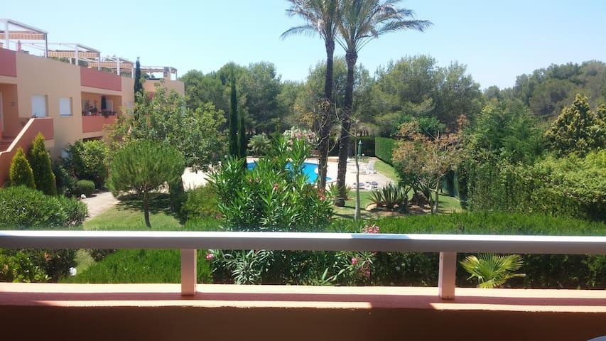 Bonito apartamento con piscina - Maioris Decima