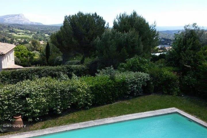 Maison sur le site de Cézanne ! - Aix-en-Provence - Ev