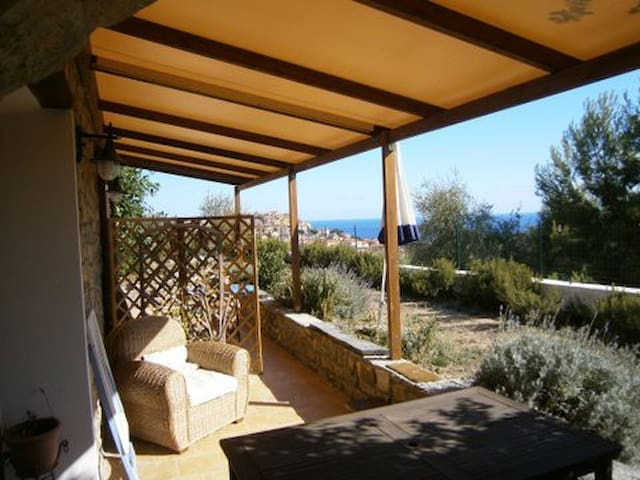 cosy studio with great view  - Imperia - Appartement