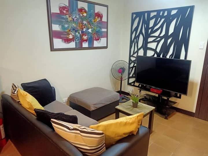 Cozy 1 BR Condominium in Makati