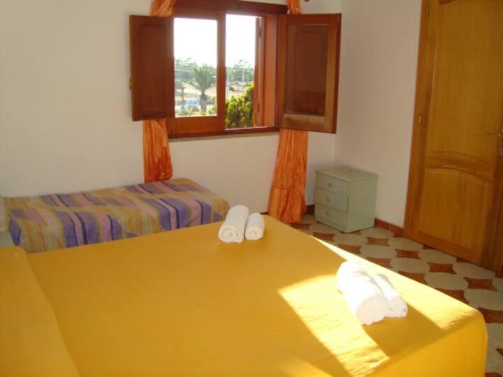 Faro camera in villa a San Vito lo Capo