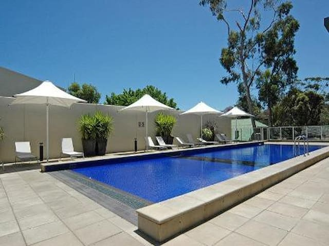 Luxury Living in Adelaide's Best Address! - Eastwood - Wohnung