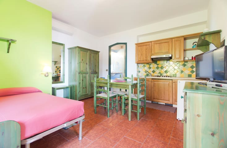 Apartment on the beach! - Cala Gonone - Apartamento