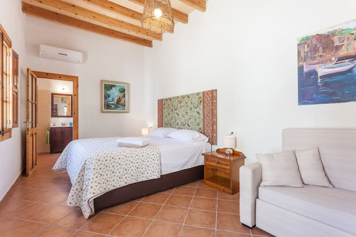 Fantastic room in Mallorca*** - Binissalem - Bed & Breakfast