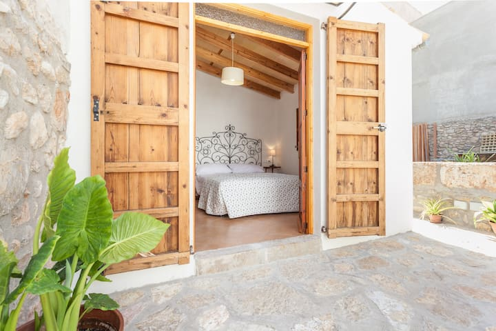 great room in Mallorca centre  - Binissalem - Bed & Breakfast