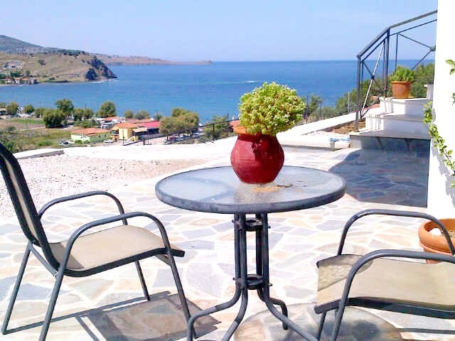 Private Upper Villa on Greek Island - Anaxos Skoutarou - Villa