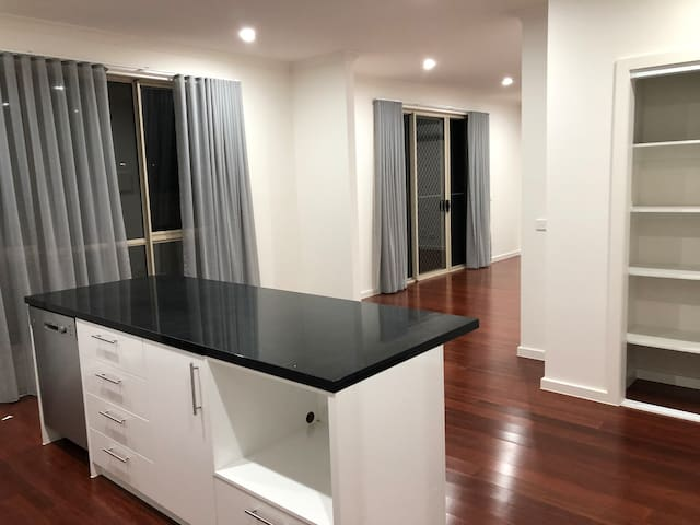 Brand new 3 bedroom unit with used furnished