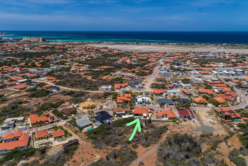 The green arrow shows you where the house is. You are minutes away from the beach!