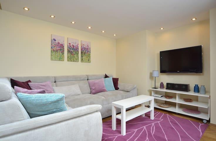 Central apartment suite, city centr