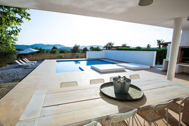 Great 5 br modern house near Ibiza - Nuestra Señora de Jesús - House