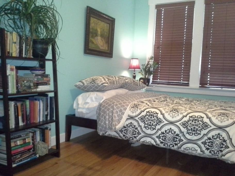 Bedroom W Bathroom Houses For Rent In Omaha Nebraska