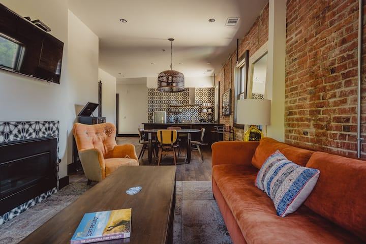 SLO Brew Lofts - 3 Bedroom 'The Drifter Loft'