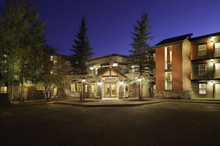 Steamboat Springs Legacy Vacation Resort 2Bdr/2Bth