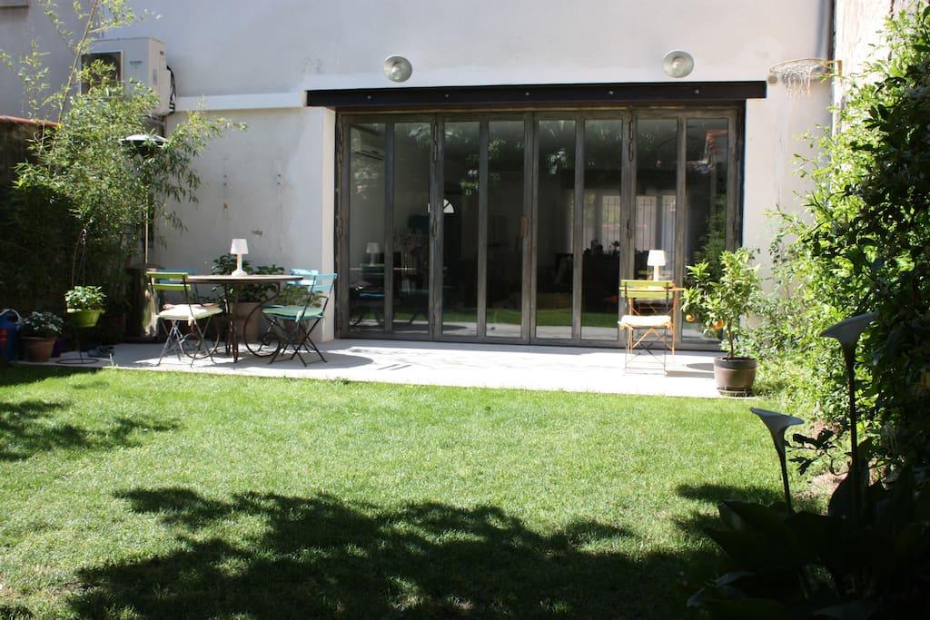 Centre ville maison jardin plage10 39 maisons louer - Maison jardin condominium montpellier ...