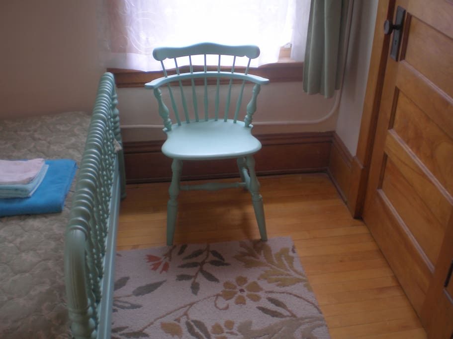 your sea-green chair!