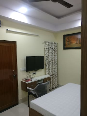 Luxurious Studio Rooms in Gurgaon