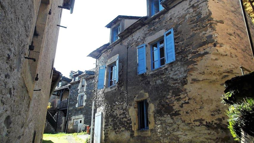 maison du pays de l'Aubrac - Prades-d'Aubrac - Dom wakacyjny