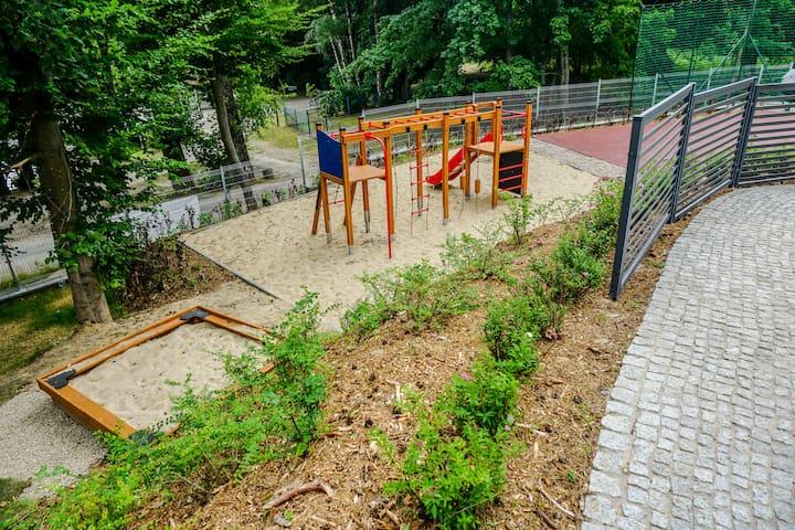 Play ground / Plac zabaw