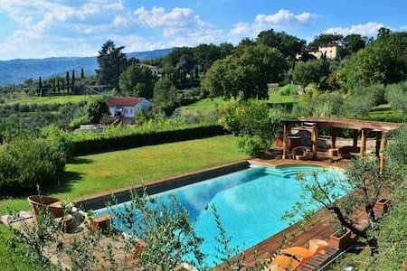 dependance in villa Toscana - Pistoia - Casa