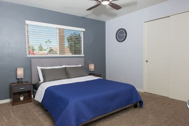 Guest Bedroom #1 - Equipped with a Queen size Tuft & Needle mattress, a luggage rack 2 USB phone charging stations with easy switch access.