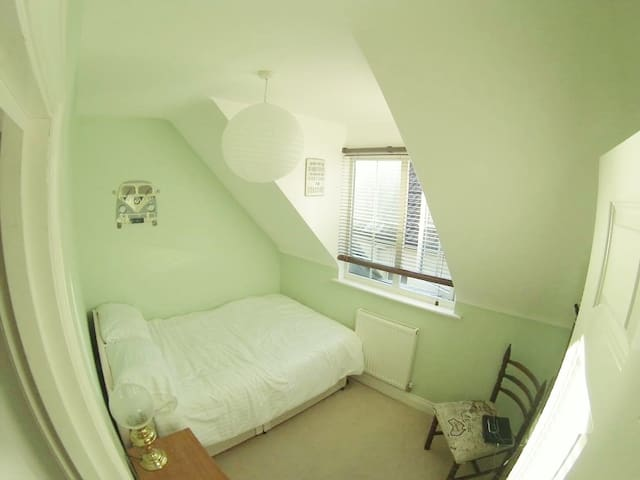 Double room in fantastic location