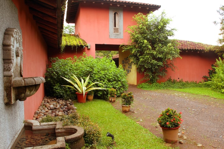 Casa La Isla, where history and rainforest meet