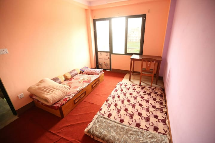 Secure/peaceful room with Himalayan view. - Suryabinayak - Apartament