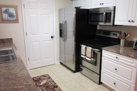 Beautiful Fully Furnished Condo in Quiet Community