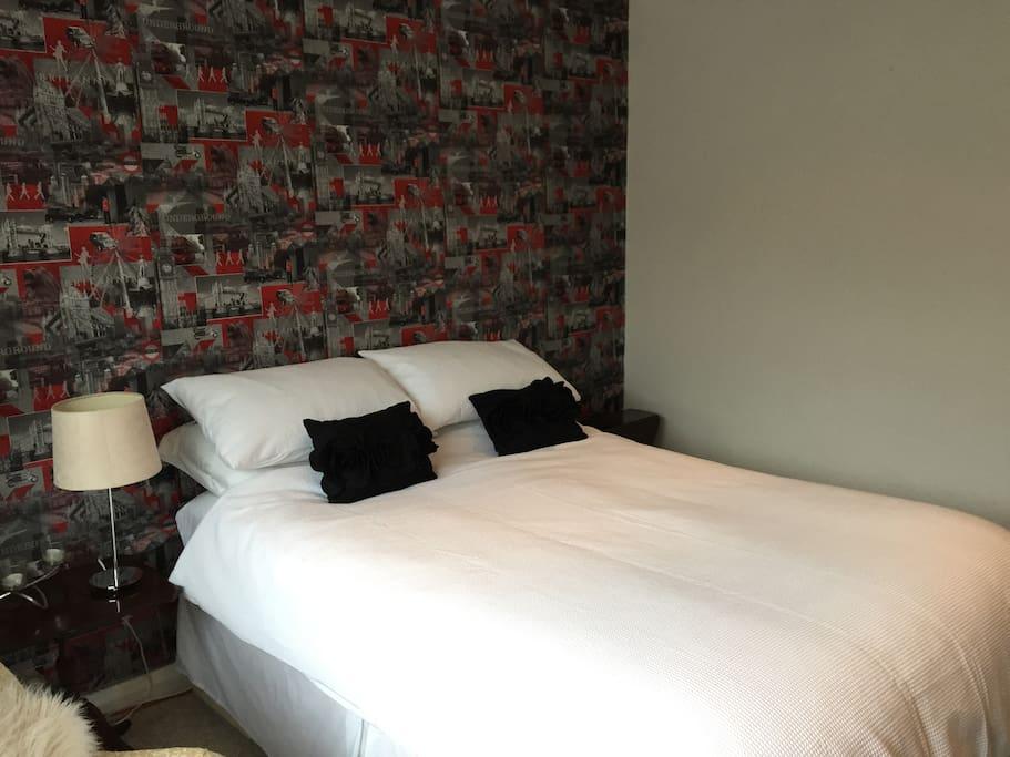 Guest room 1 (London room)