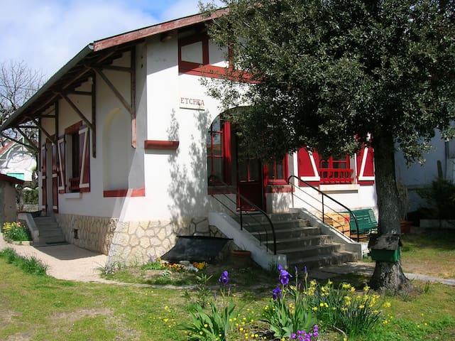 Fouras, Villa 50 mètres de la plage - Fouras - Villa