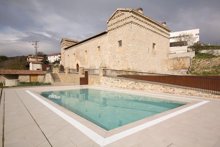 Palacio restaurado para familias y grupos grandes