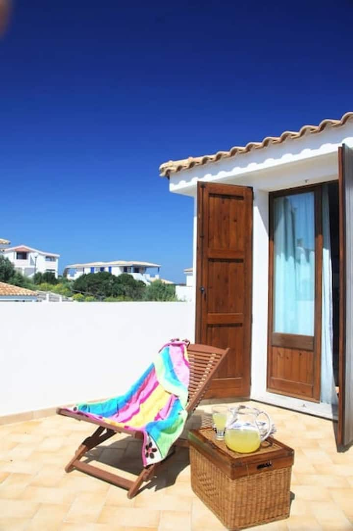 House with 2 bedrooms in Calasetta, with furnished terrace - 400 m from the beach
