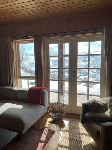 Spectacular view, Norwegian mountains. Ski in/out