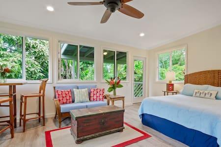 Rain Forest Luxury Retreat