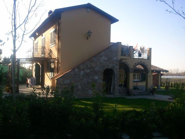 Appartamento in villa in Versilia