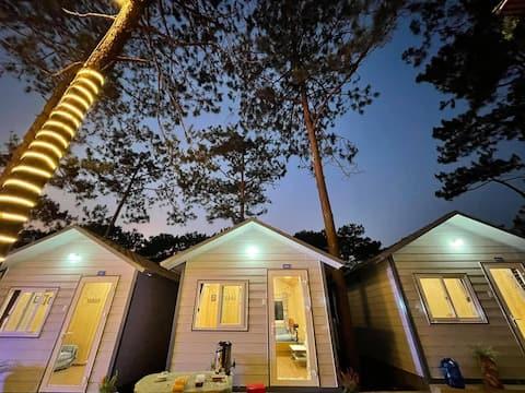 CozyPrivateBungalow for 4-HeniSi Homestay Mang Den