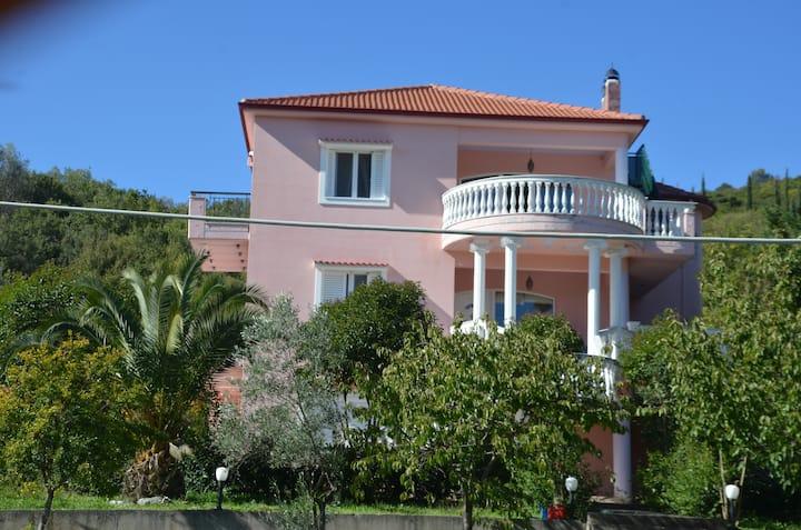 Pink Villa Lagkadia - Dimitsana