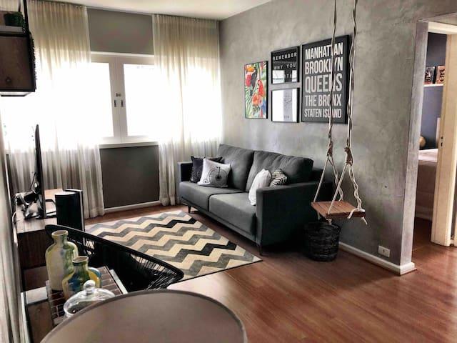 Apartamento charmoso e bem localizado no Itaim.