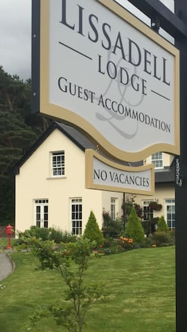 Lissadell Lodge Room 2 - Glenbeigh - Bed & Breakfast