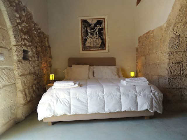 Falcon Home Resort- Double Room Legno - Lecce - Lainnya