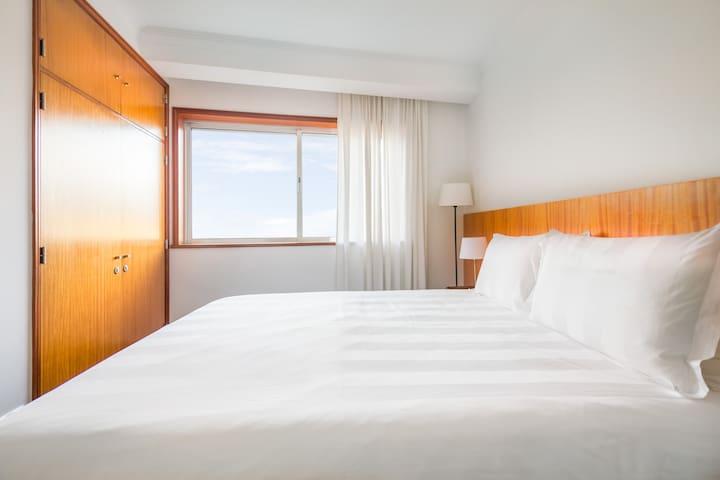 Bedroom 02 with Wardrobe