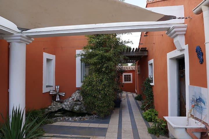 Studio quartier calme - Narbonne - Villa