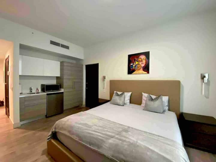 Hollywood-Beach Boutique Apartment Hotel at Costa