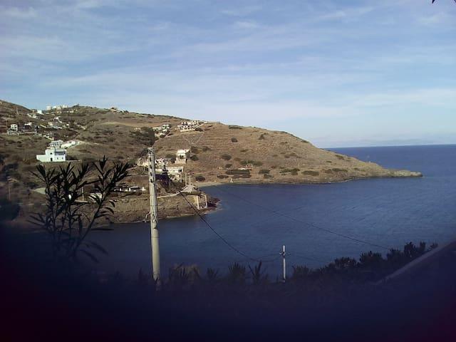Θεα θαλασσα  περιπατου και  θαλασσια σπορ ψαρεμα - Anatoliki Attiki