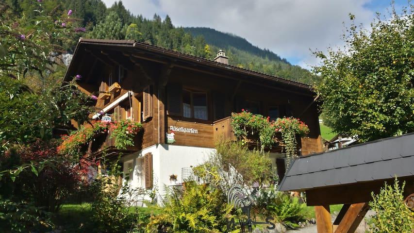 Nussbaumerhaus Chalet Röseligarten