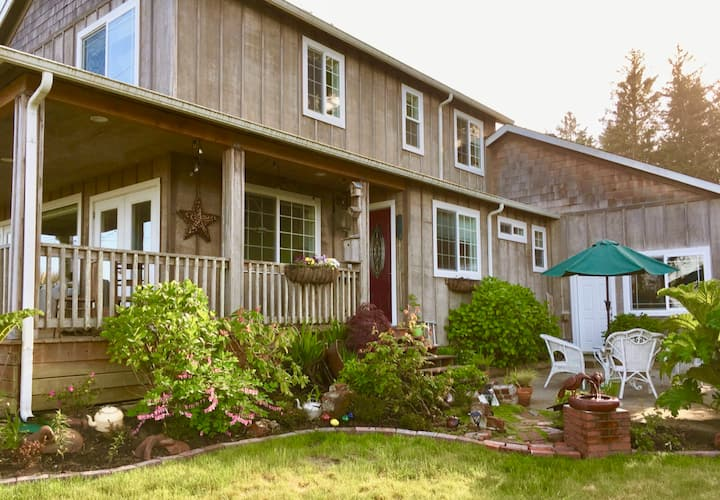 The Writer's Hearth: a quiet haven on Willapa Bay