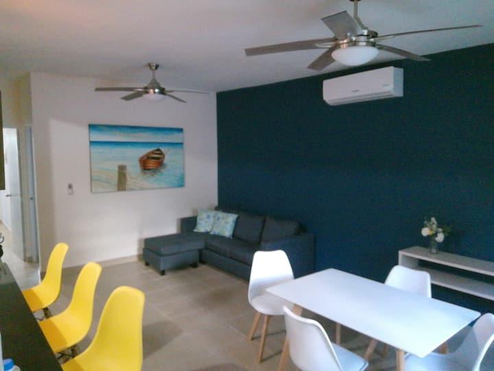 COCO'S BEACH BY PERLITA'S HOME