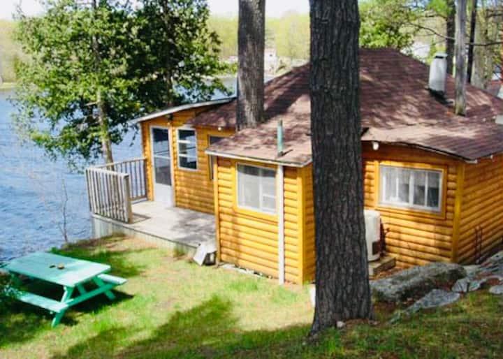 Cottages on Charleston Lake