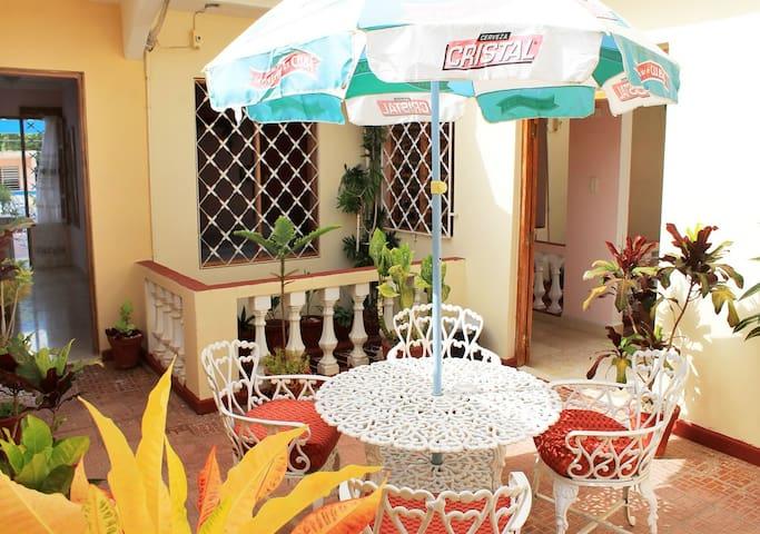 Casa Los Herederos con terraza privada y wifi